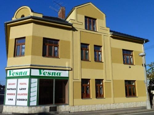 Vesna Choceň, oprava fasady